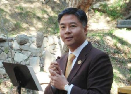 Hackers stalk US Representative Ted Lieu's smartphone with his permission