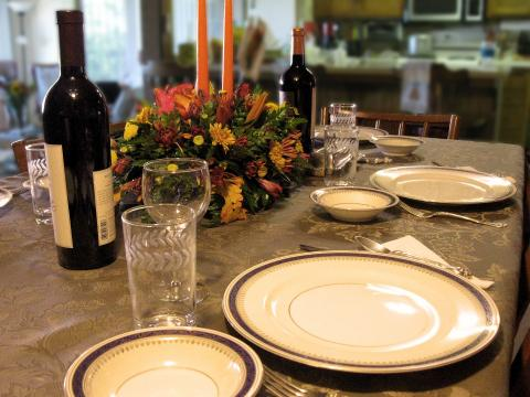Fall Foods To Pair With Traveling Vineyard Wines