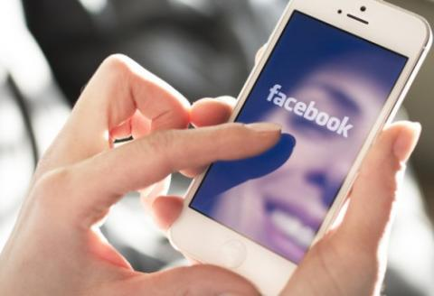 Facebook to enable automatic captioning for video ads