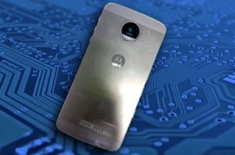 Motorola Moto X (2016) leaked press renders hint at metal design; Aug 24 launch
