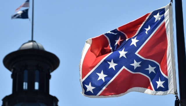 Hundreds of people want to take down Confederate battle Flag from South Carolina's State House