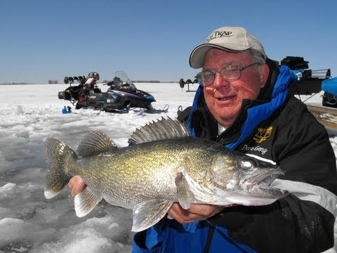 Devils Lake ice fishing tournament attracts record number of people